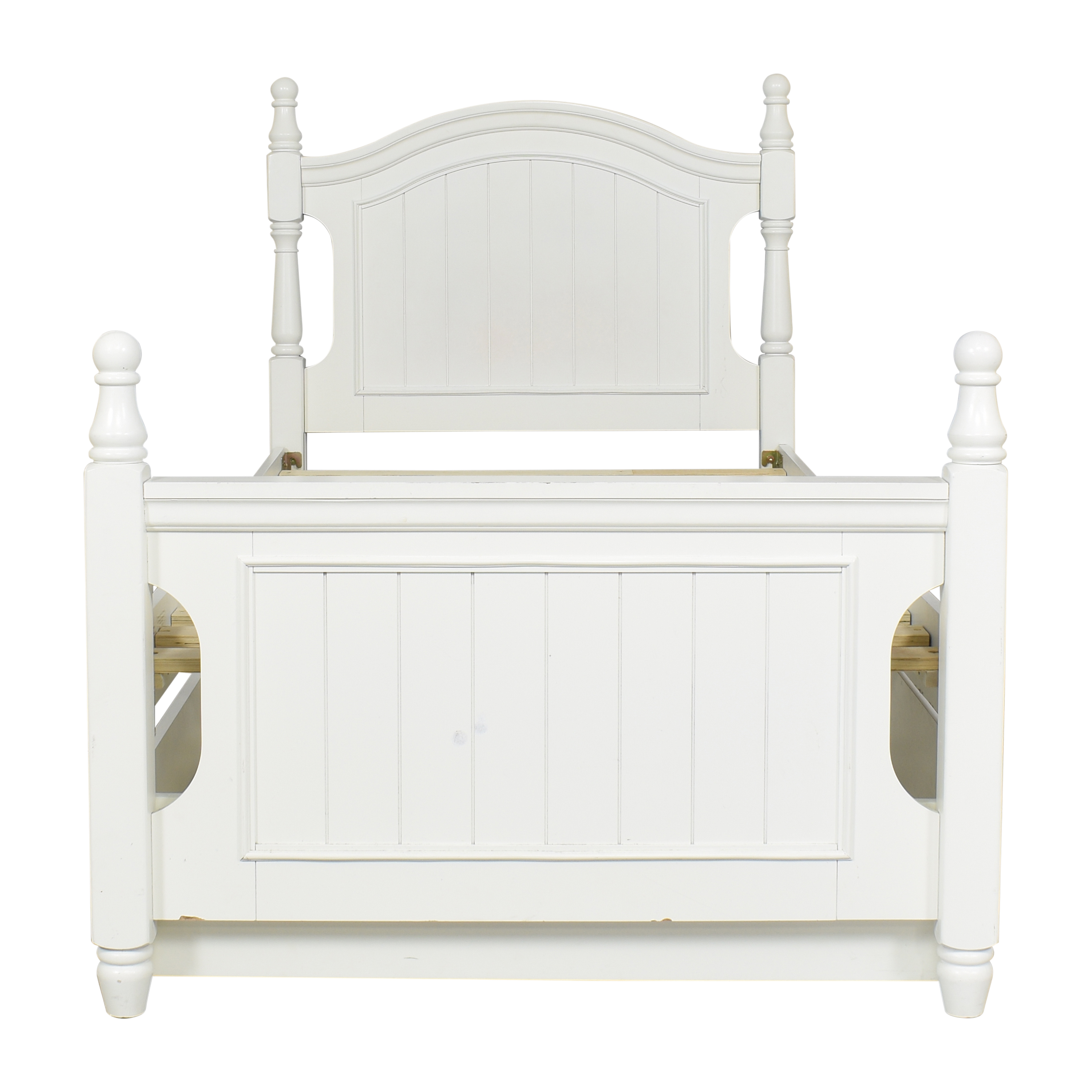 Raymour & Flanigan Raymour & Flanigan Willow Point Post Twin Bed ct