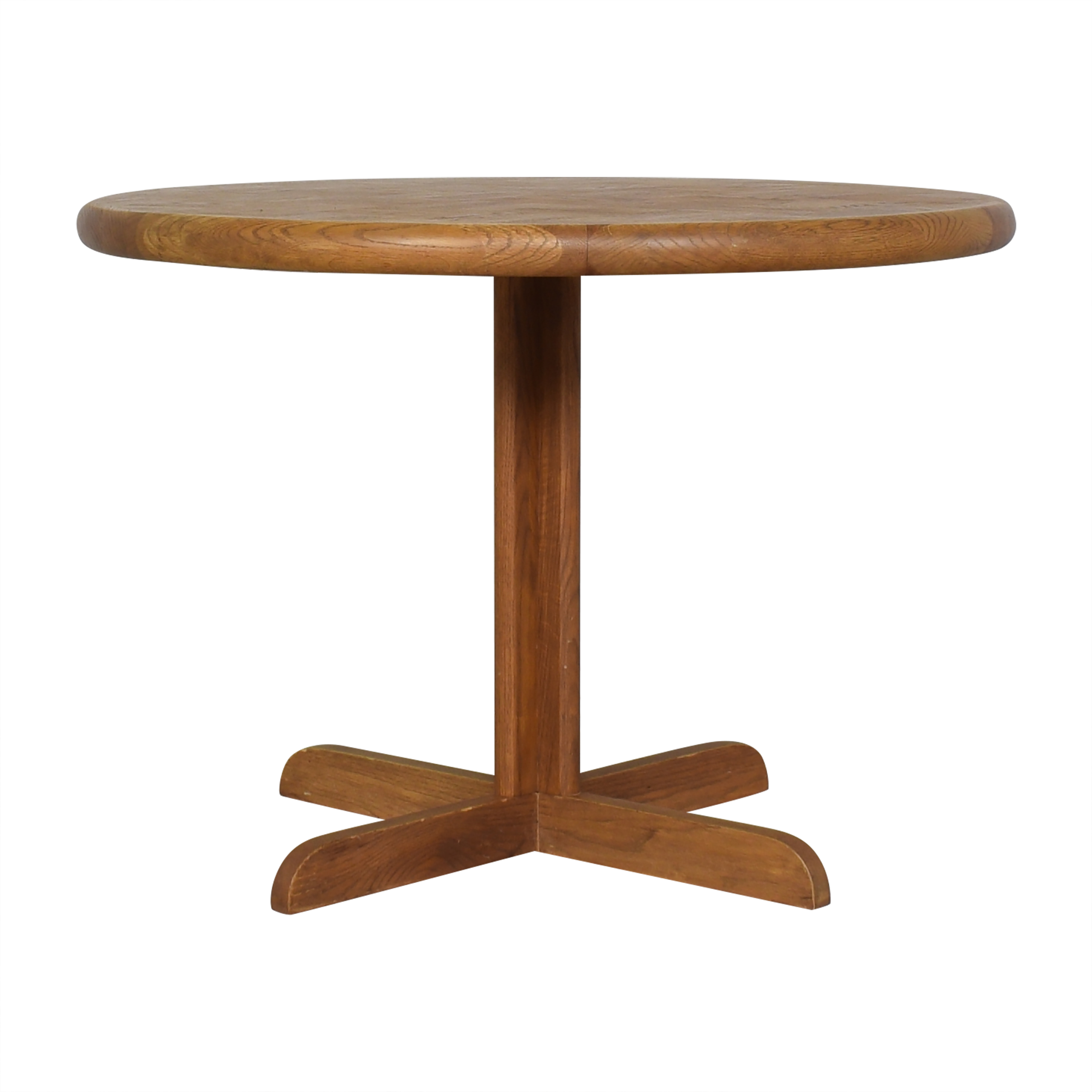 Vintage-Style Round Pedestal Dining Table Brown