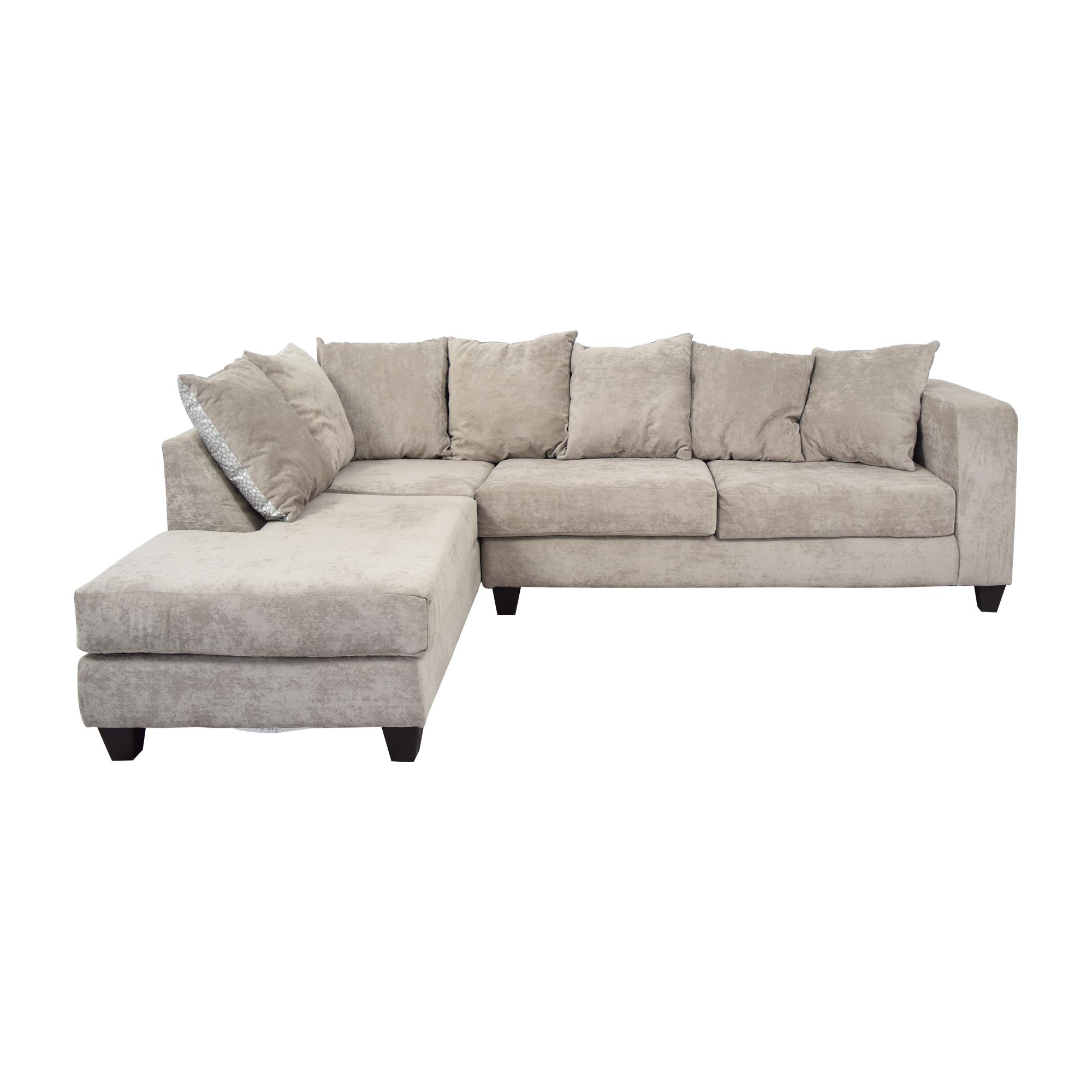 Raymour & Flanigan Raymour & Flanigan Whitney Two Piece Sectional Sofa pa