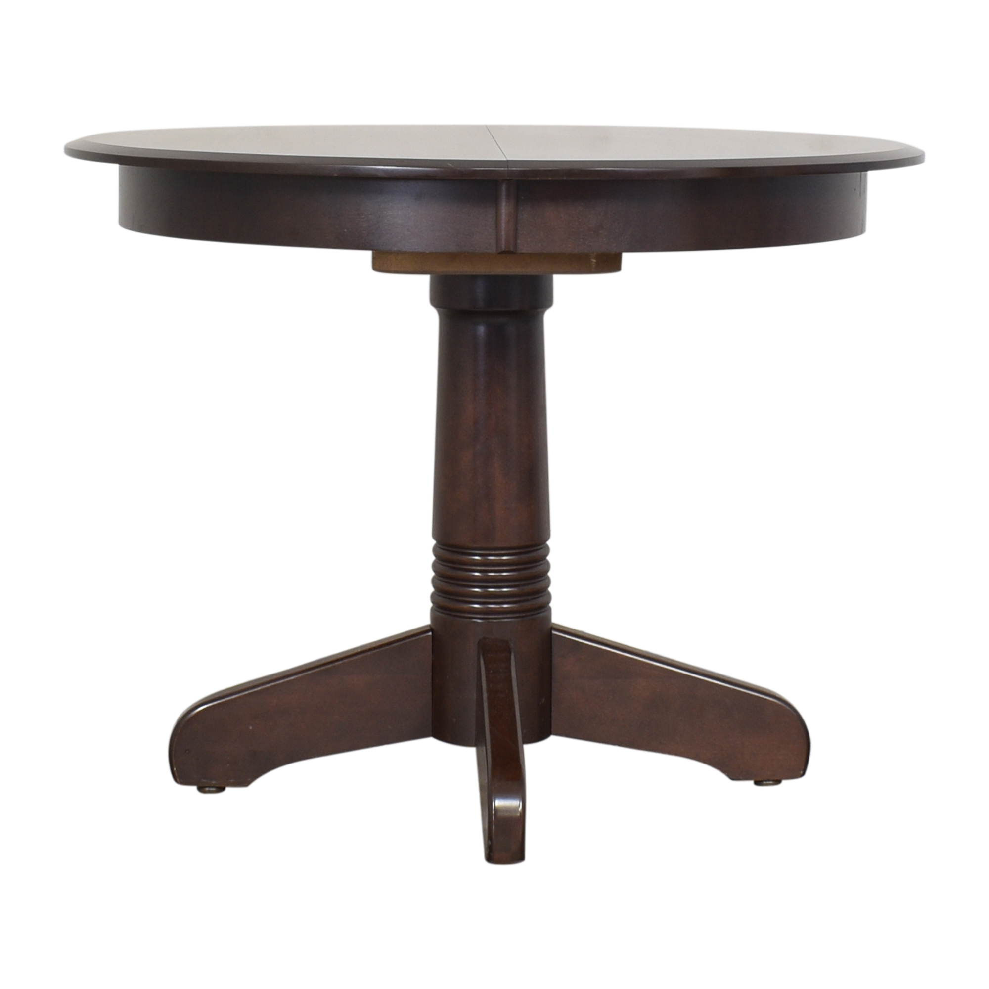 Thomasville Thomasville Round Extendable Dining Table dimensions