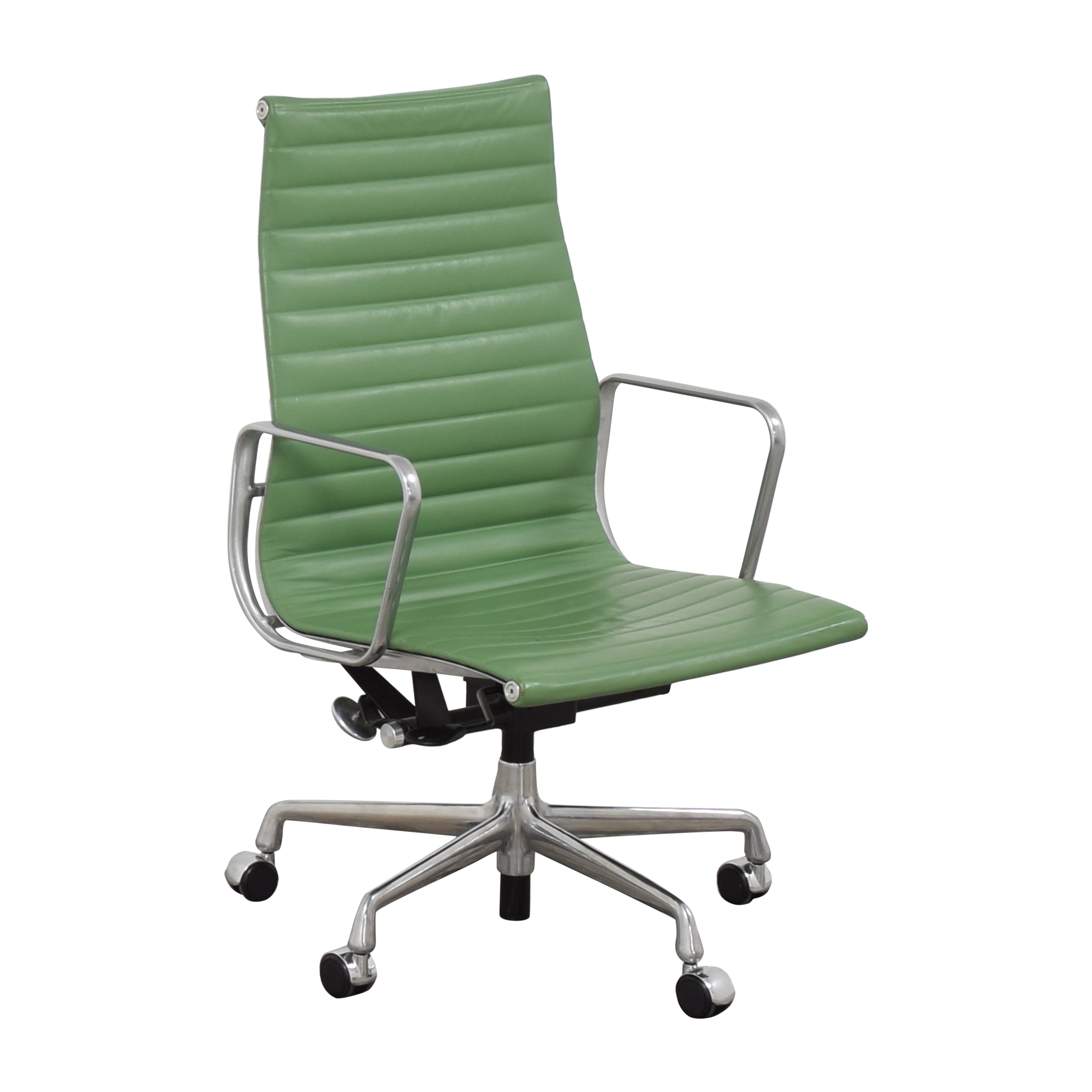 shop Herman Miller Eames Aluminum Group Executive Chair Herman Miller Home Office Chairs