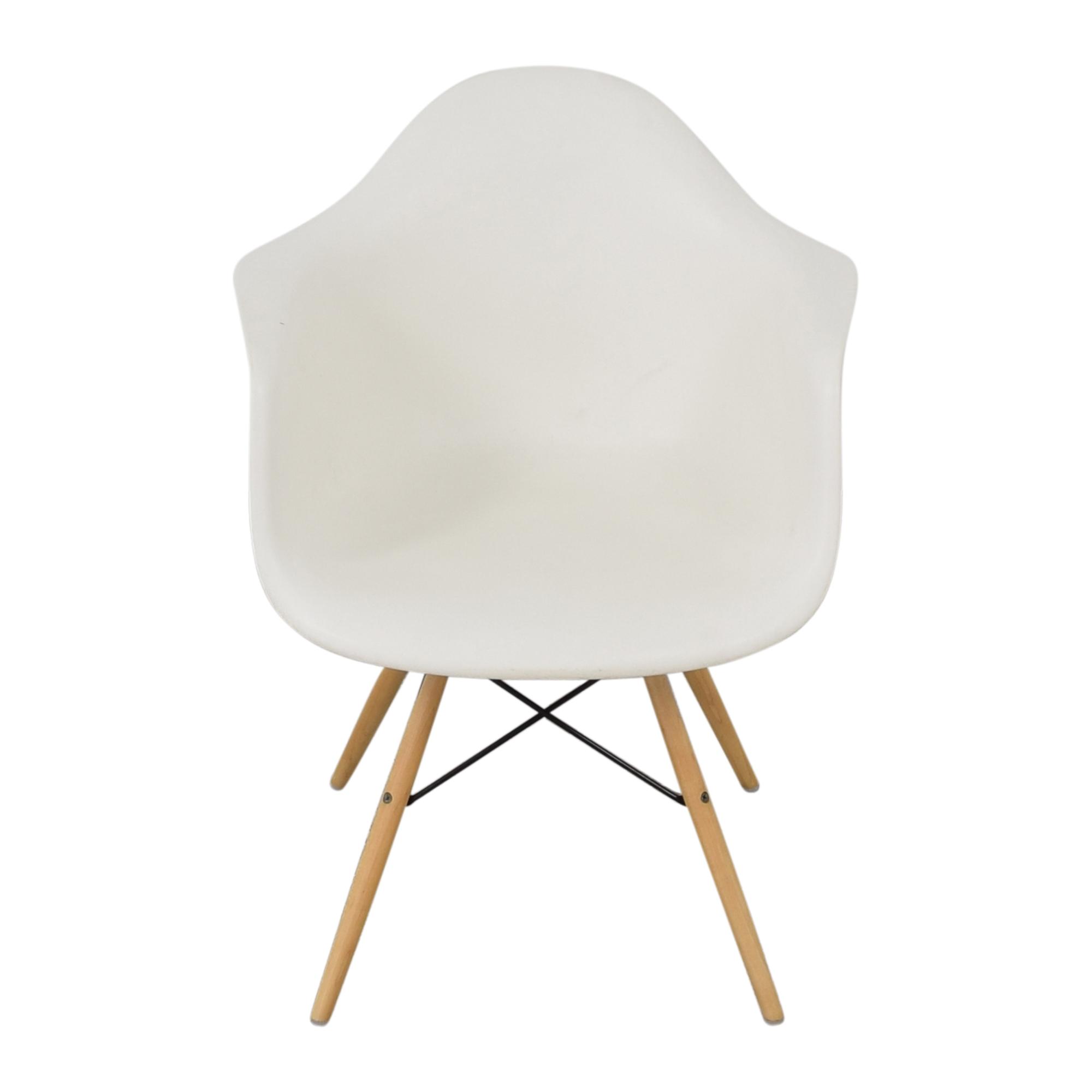Herman Miller Herman Miller Eames Molded Arm Chair ma