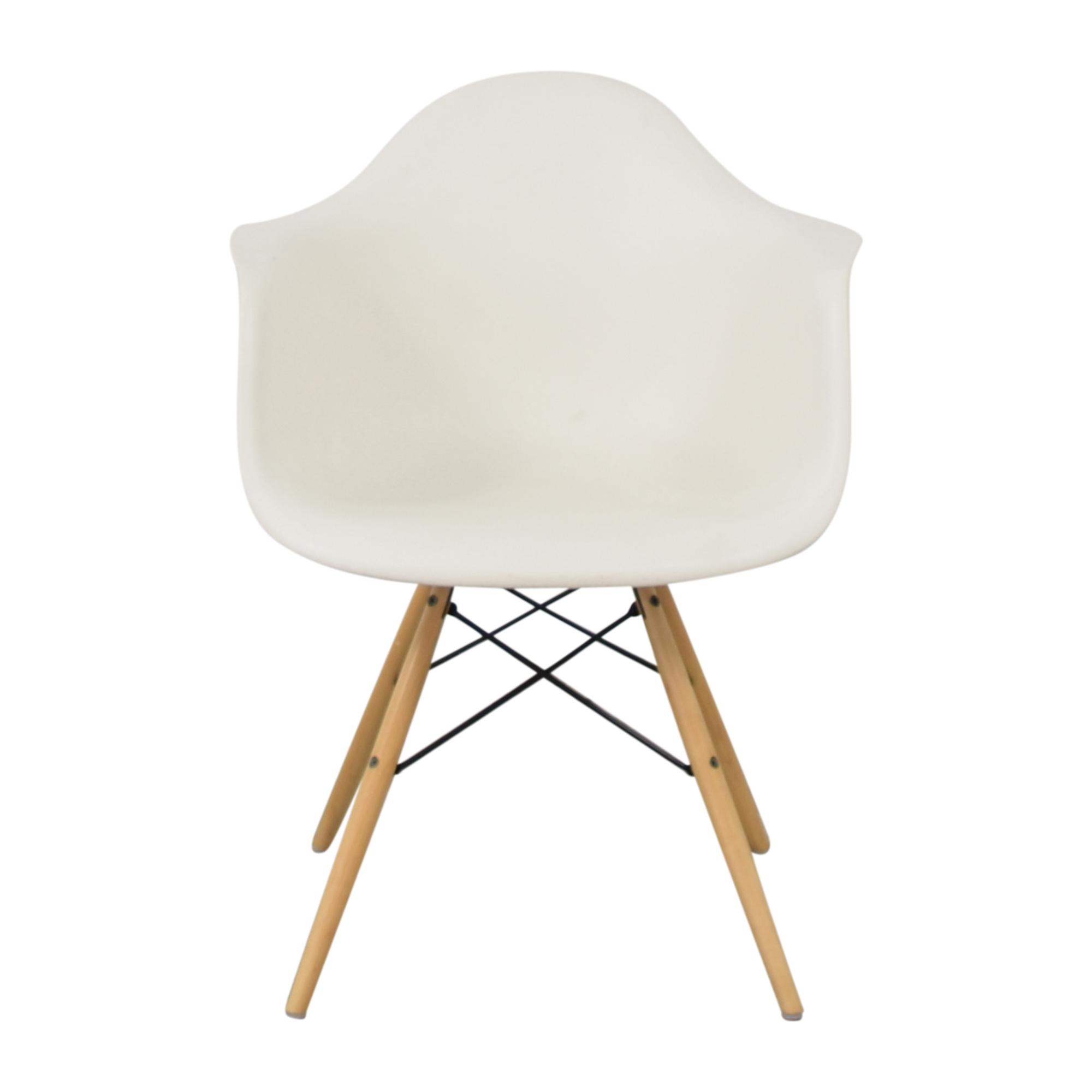 Herman Miller Herman Miller Eames Molded Arm Chair nyc