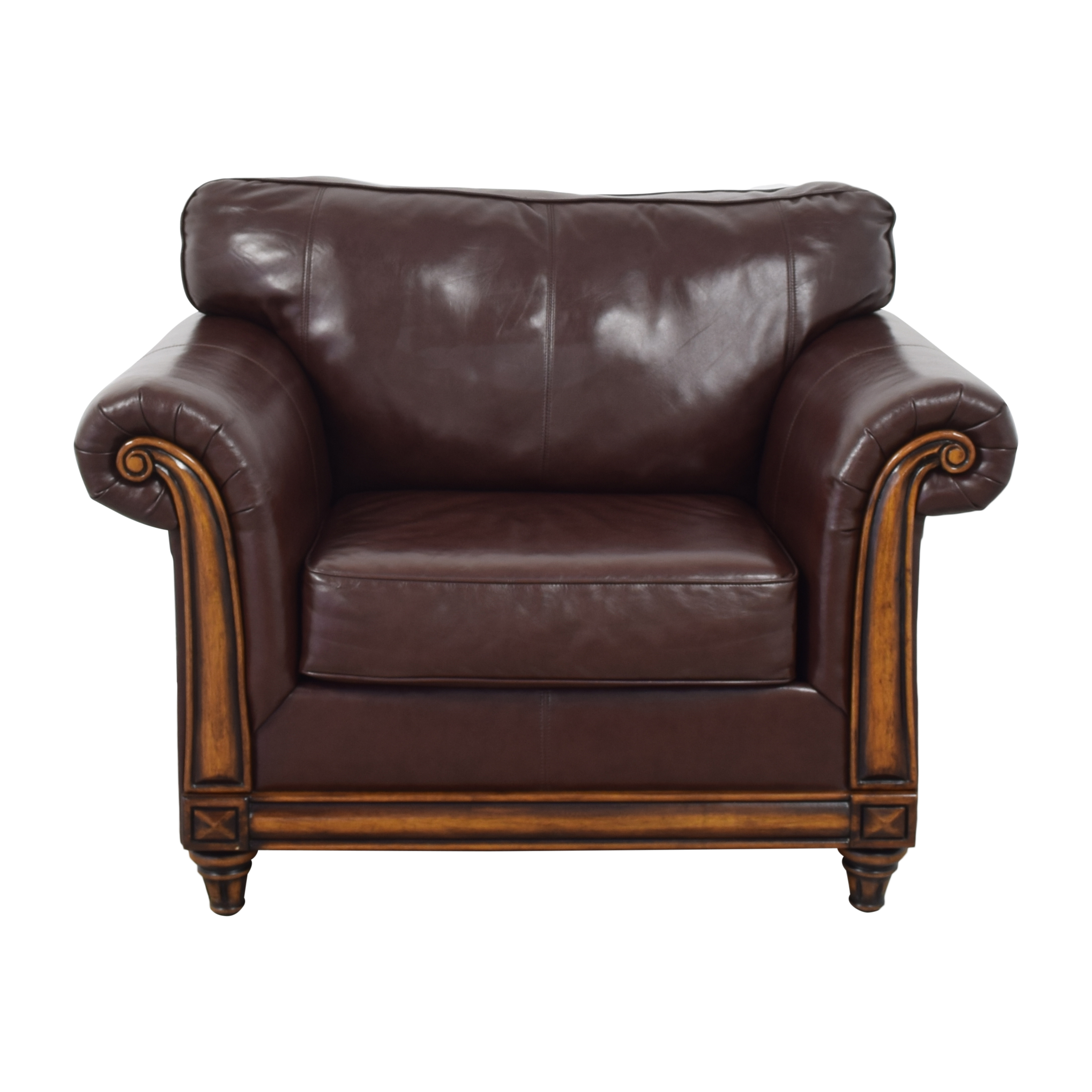 United Furniture United Furniture Traditional Roll Arm Club Chair Accent Chairs