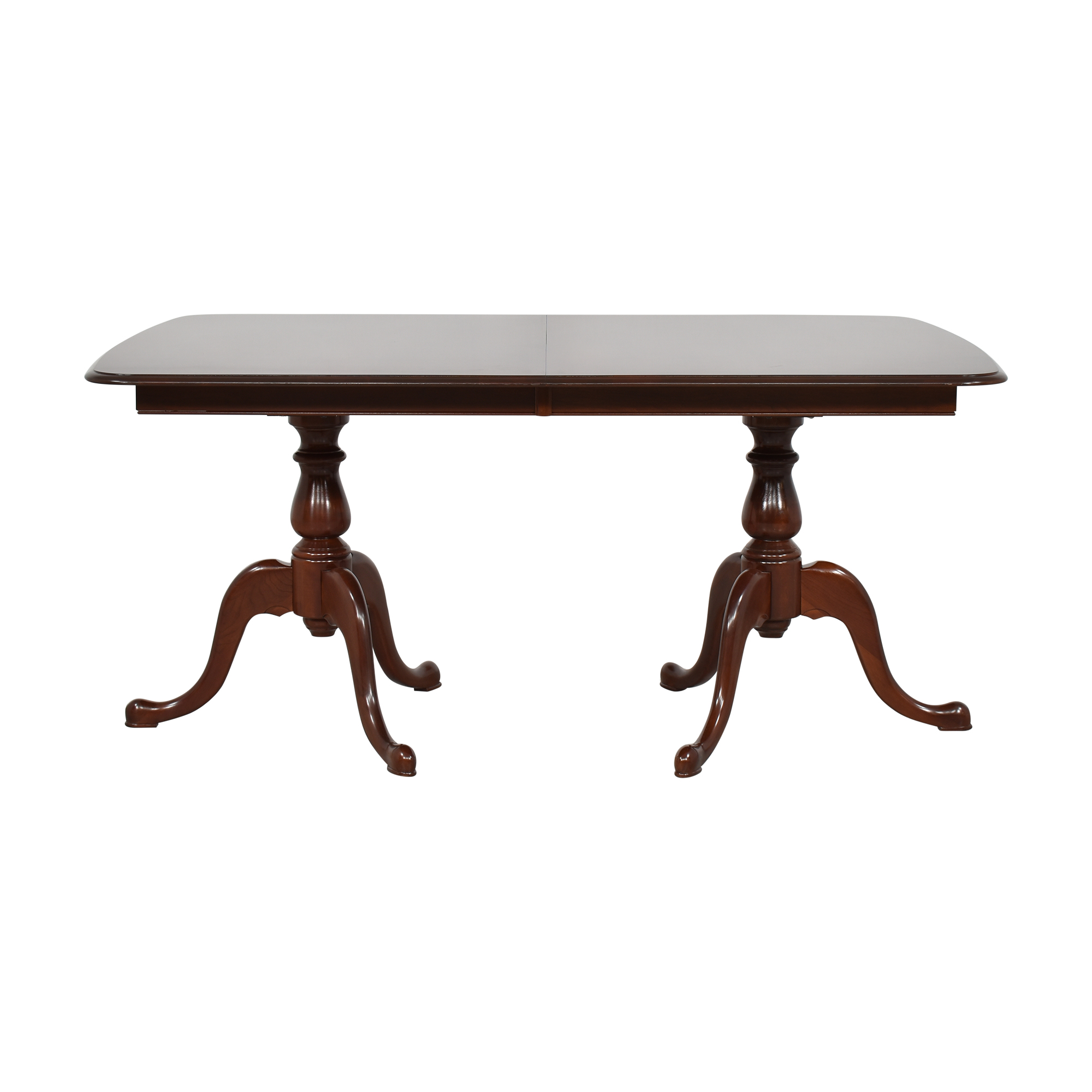 The Colonial Furniture Company Extendable Dining Table / Tables
