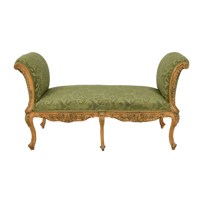 Decorative Vintage-Style Bench ma
