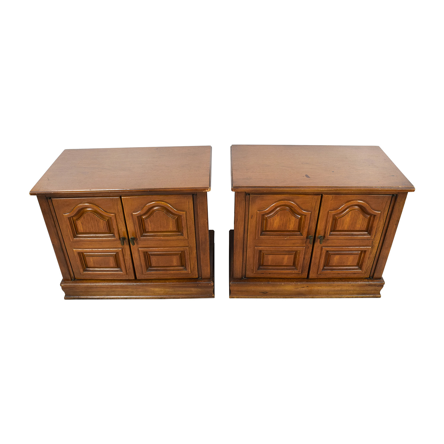 buy Wooden Carved Nightstands