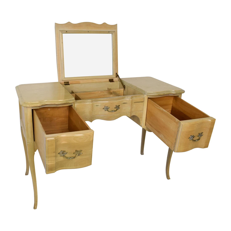 70 Off Light Wood Vanity Table With Hidden Mirror Storage