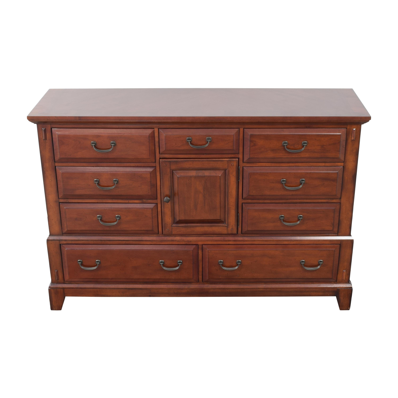Broyhill Furniture Broyhill Furniture Over Door Dresser dimensions