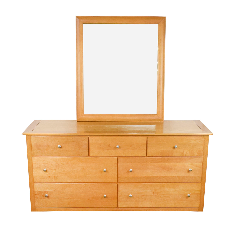 Stanley Furniture Maple Wood Dresser And Mirror