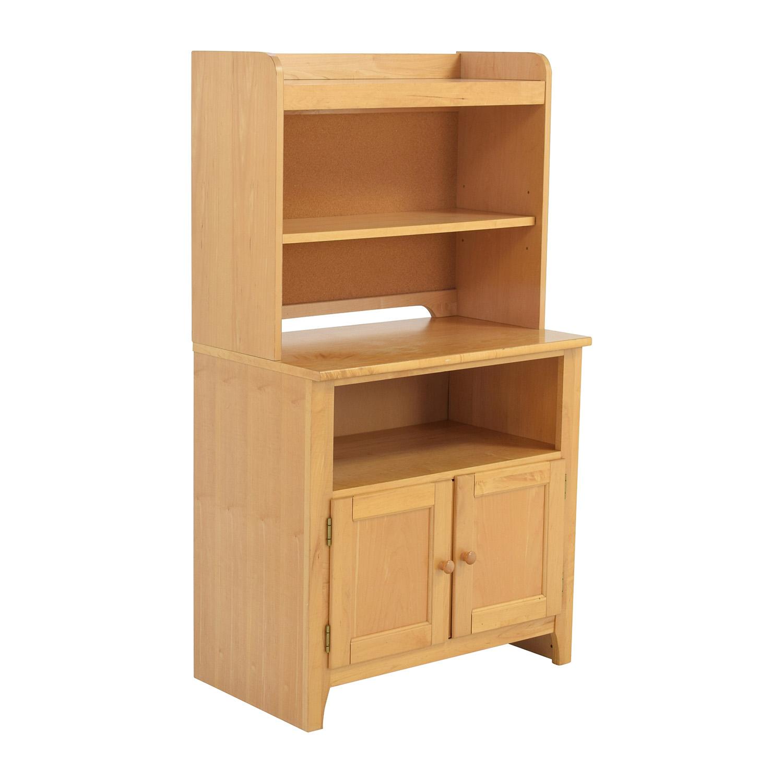 Stanley Furniture Maple Hutch