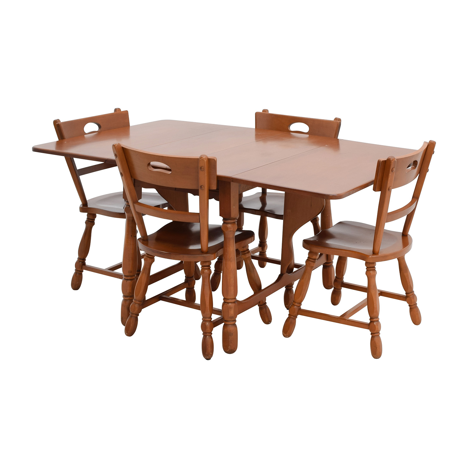83 off maple dining table with four matching chairs tables. Black Bedroom Furniture Sets. Home Design Ideas