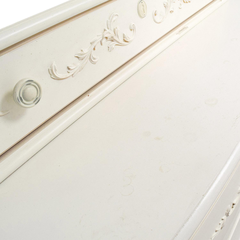 Stanley Furniture Stanley Furniture Isabella White Dressing Chest with Mirror Storage