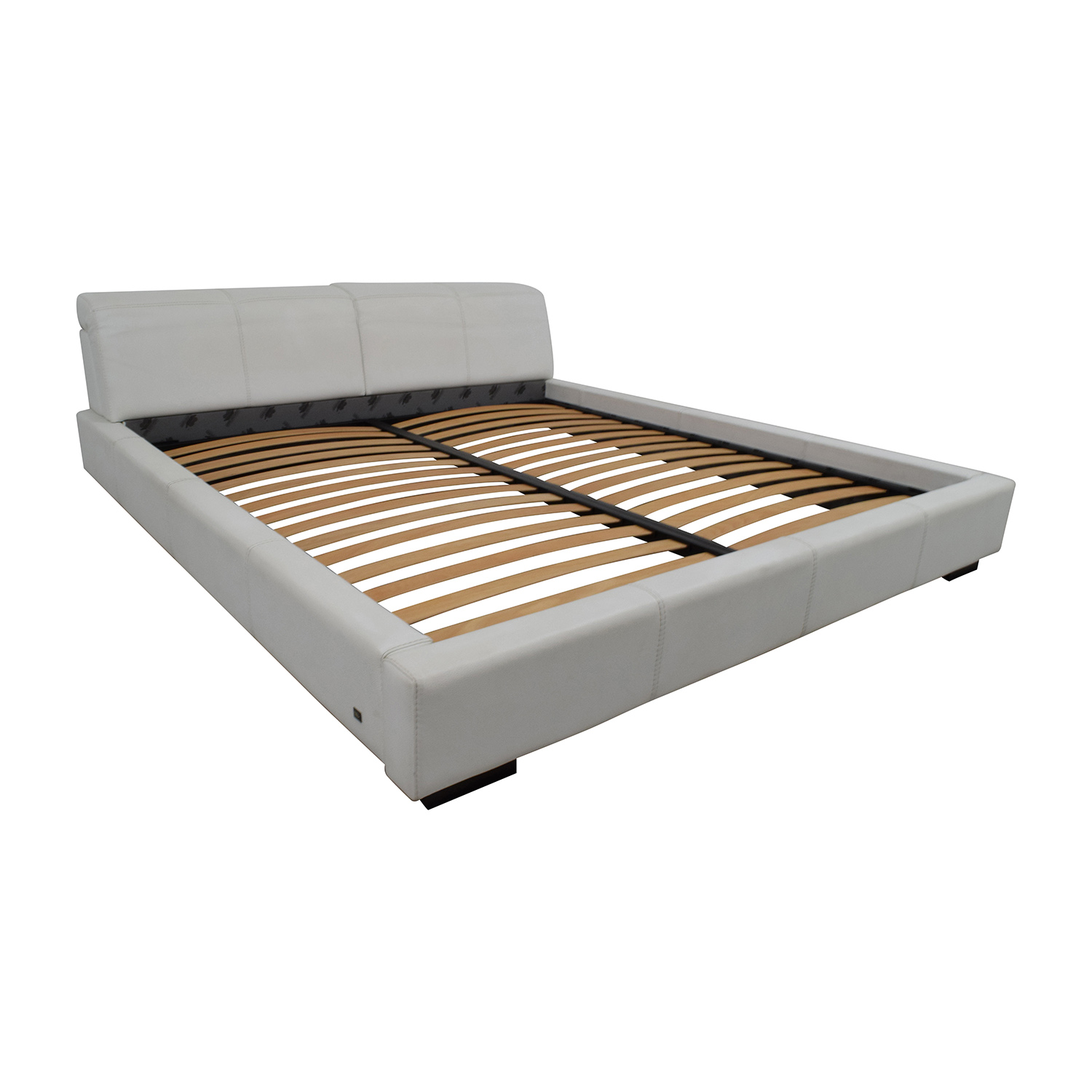 Paramount Gamma Arredamenti Leather Platform King Bed / Bed Frames