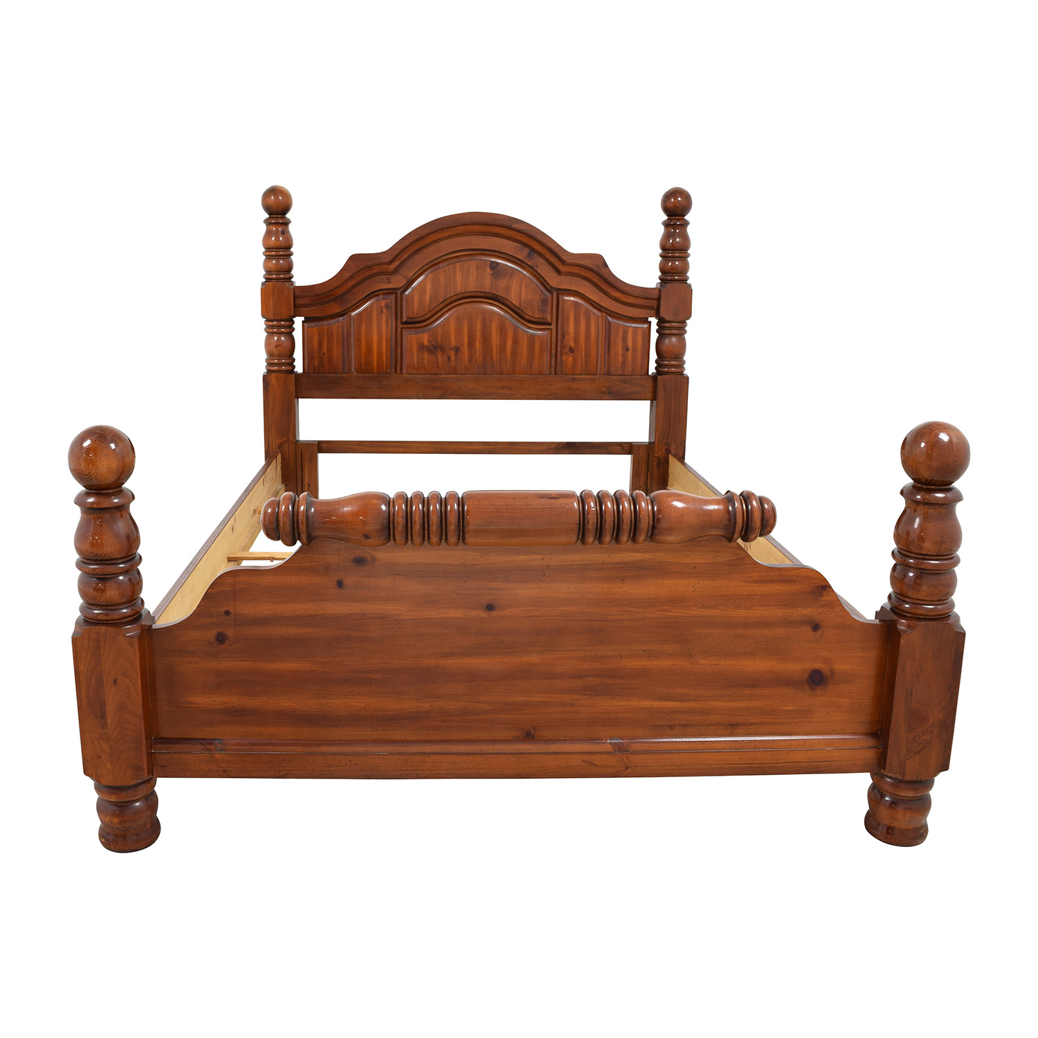 Wooden queen bed frame bed framewood queen bed frame for Queen bed frame