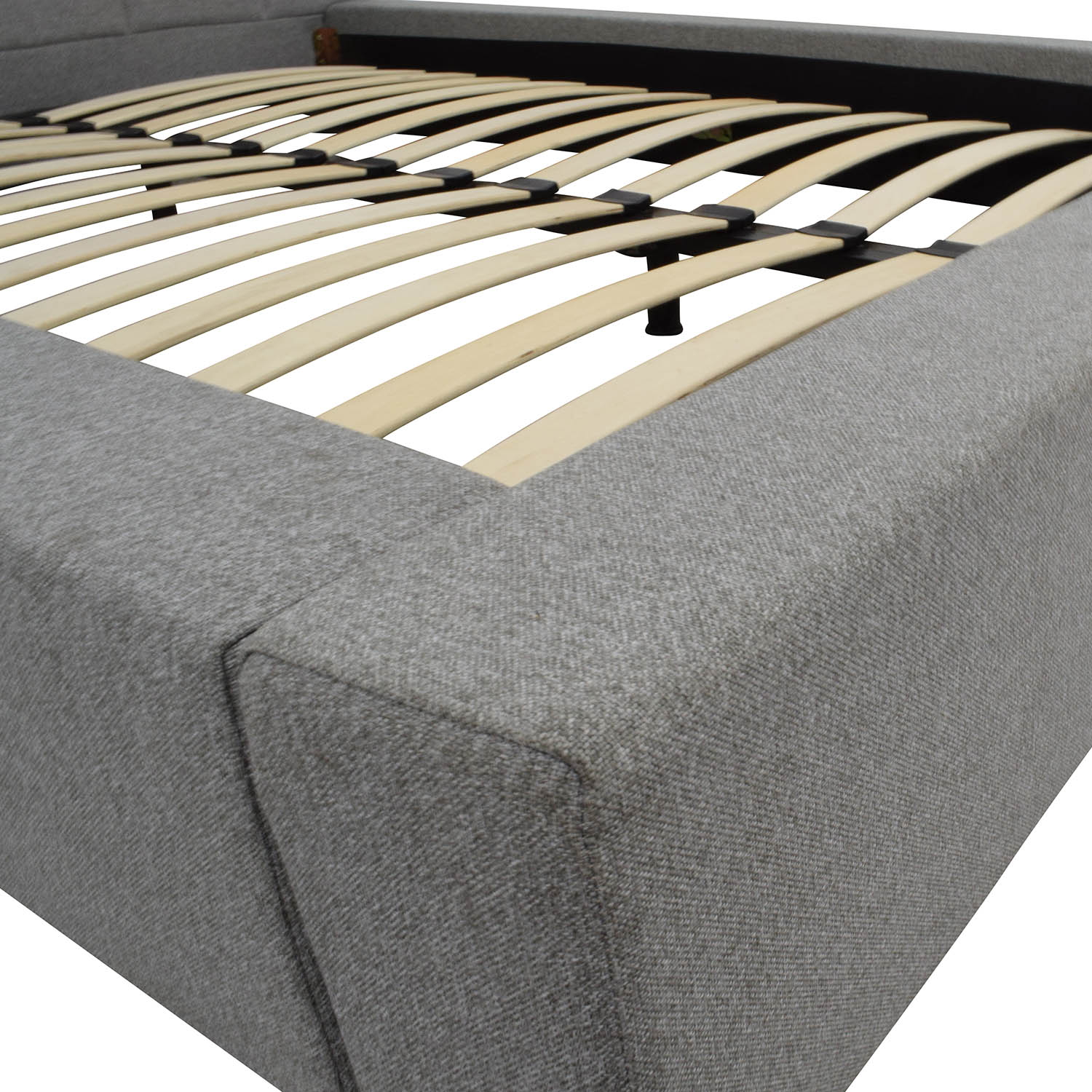 W Hotels W Hotels Queen Tufted Platform Bed Grey