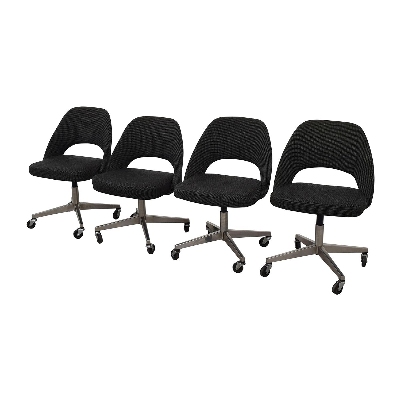 Saarinen Executive Chairs / Chairs