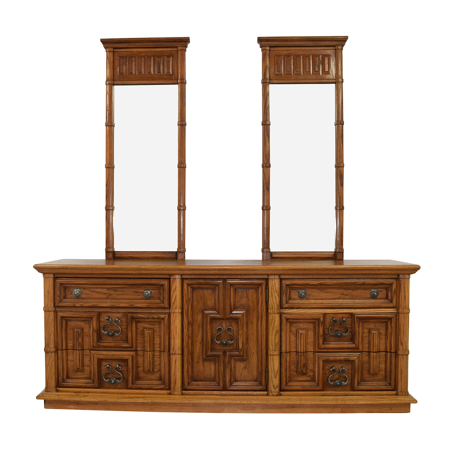Thomasville Thomasville Triple Dresser with Dual Mirrors