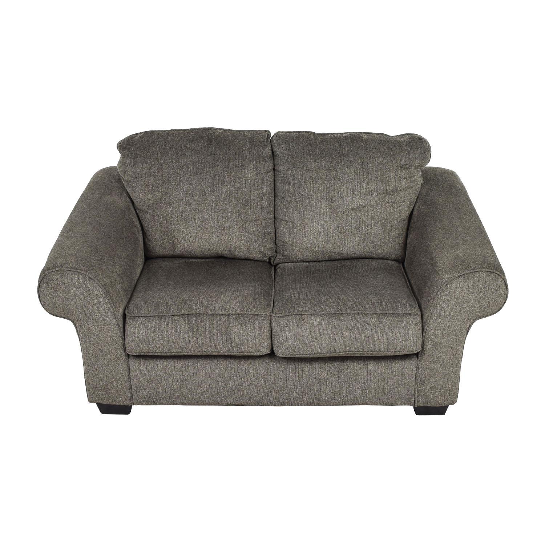 Ashley Furniture Ashley Furniture Makonnen Grey Loveseat