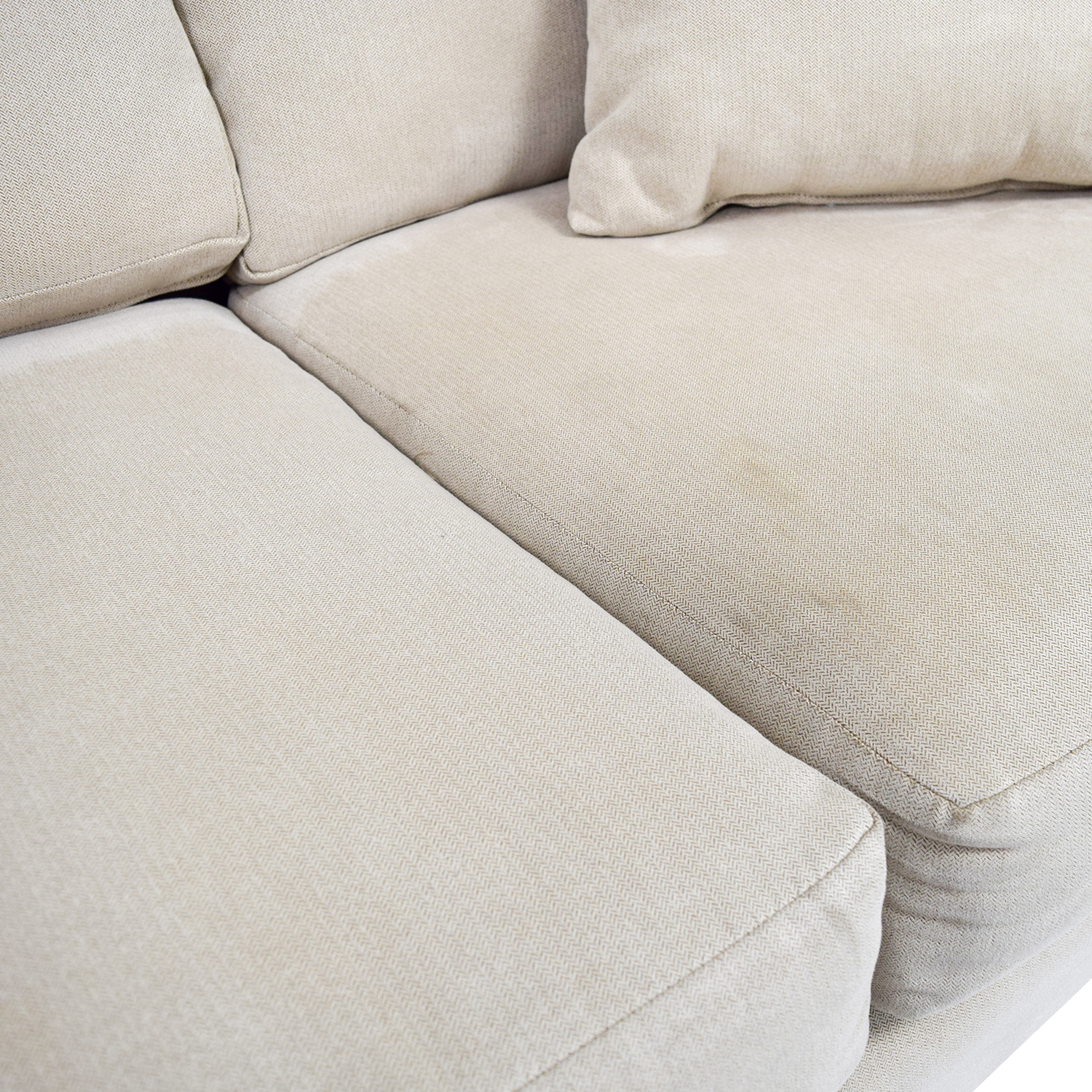 OFF Raymour & Flanigan Raymour & Flanigan Beige Fabric Couch