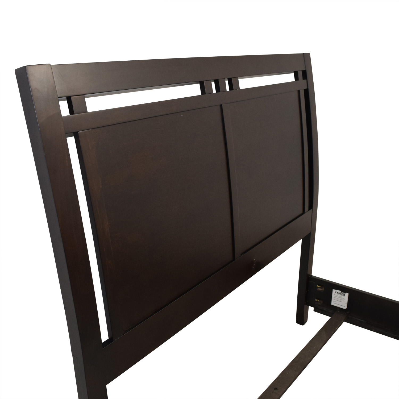 Macys Sell: Macy's Macy's Full Wooden Bed Frame / Beds
