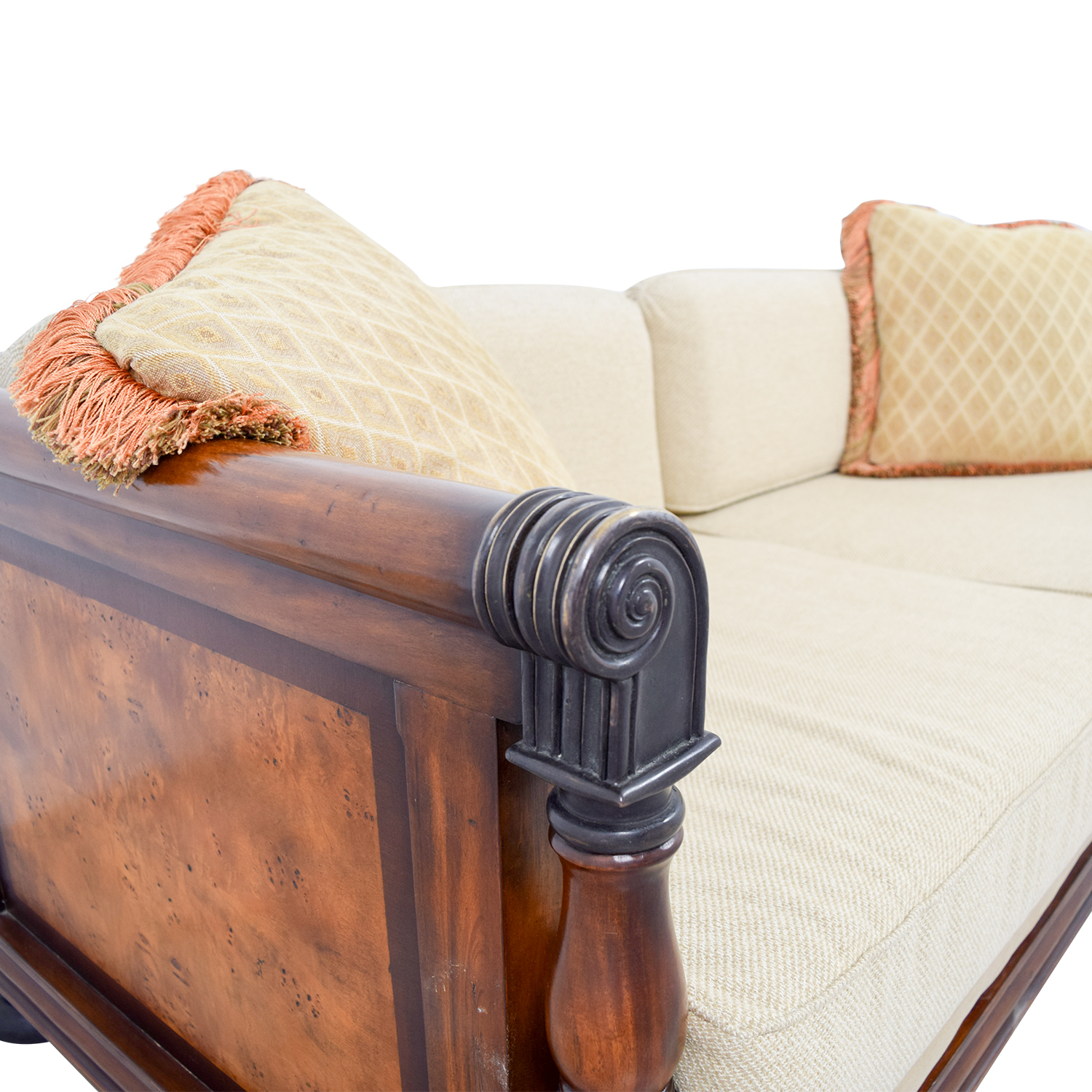 81 Off Traditional Wooden Framed Sofa Sofas