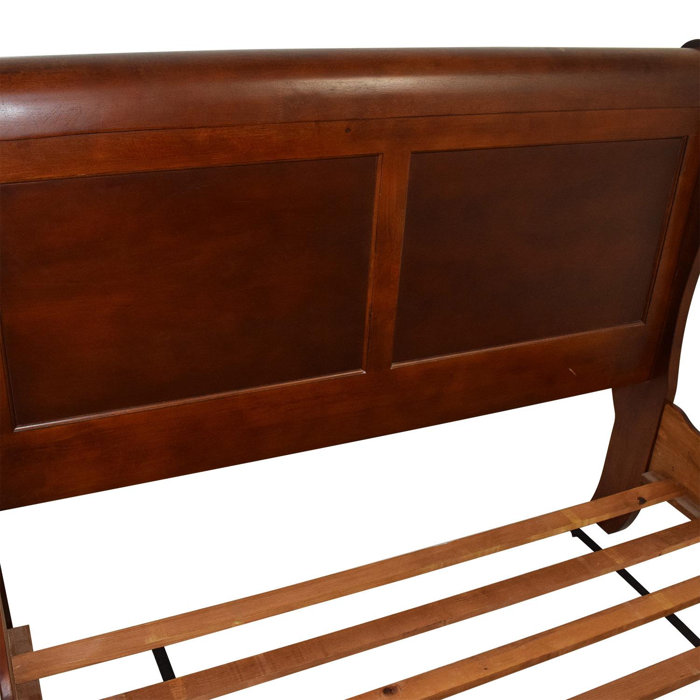 88 Off Wood Queen Sleigh Bed Beds