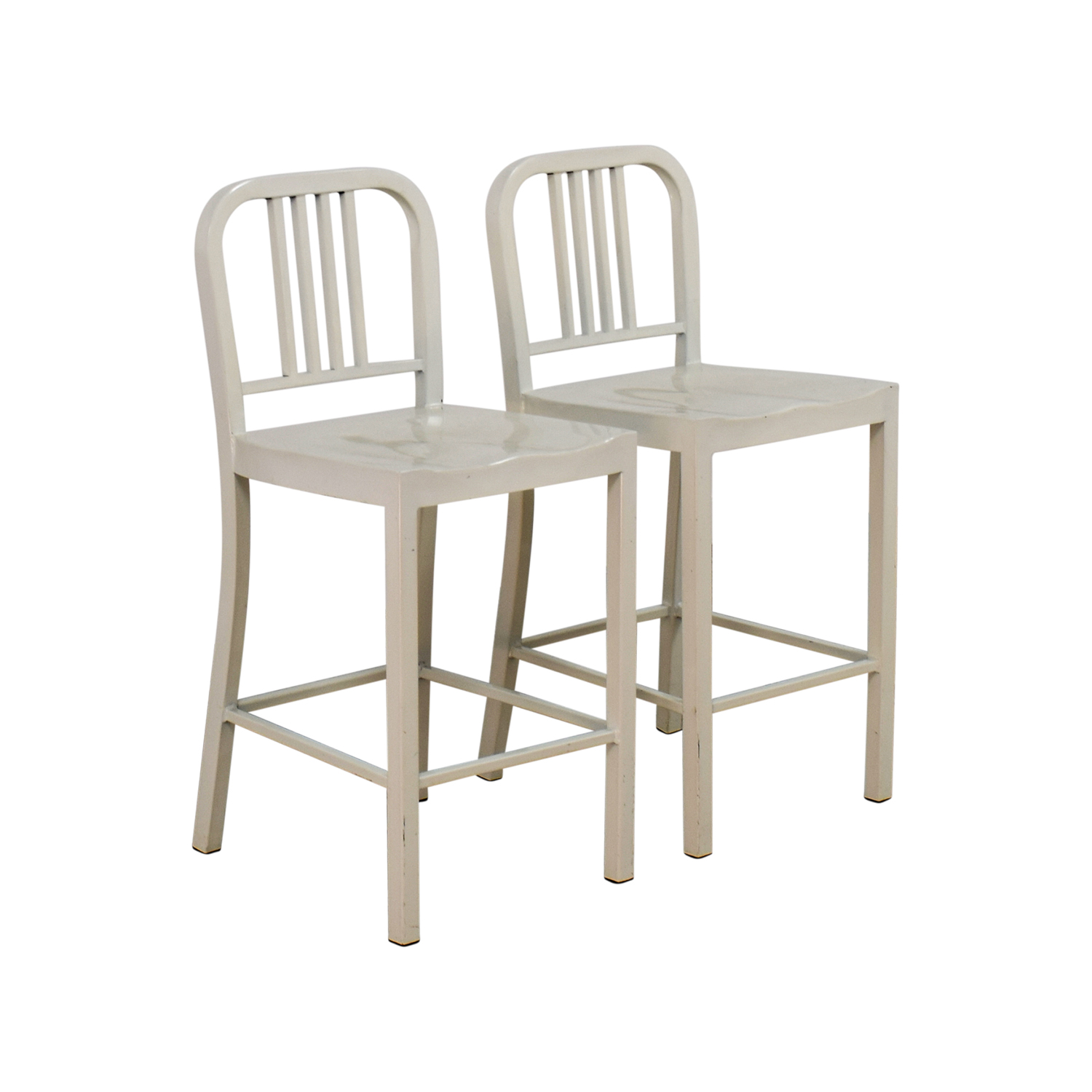 57% OFF White Metal Chairs Chairs