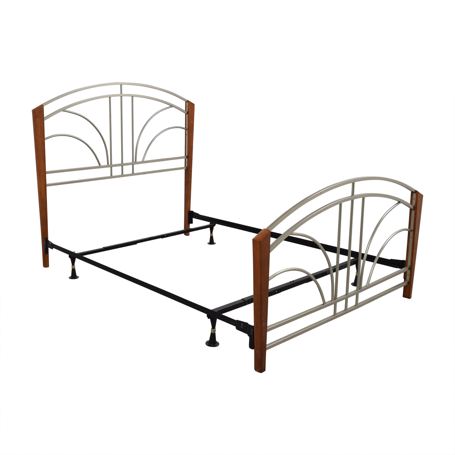 90 off wood post and metal frame queen bed frame beds for Second hand bunk beds