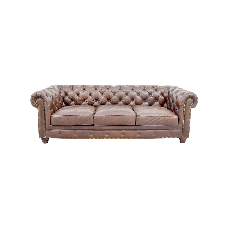 Raymour & Flanigan Raymour & Flanigan Bellanest Saddler Tufted Leather Sofa used