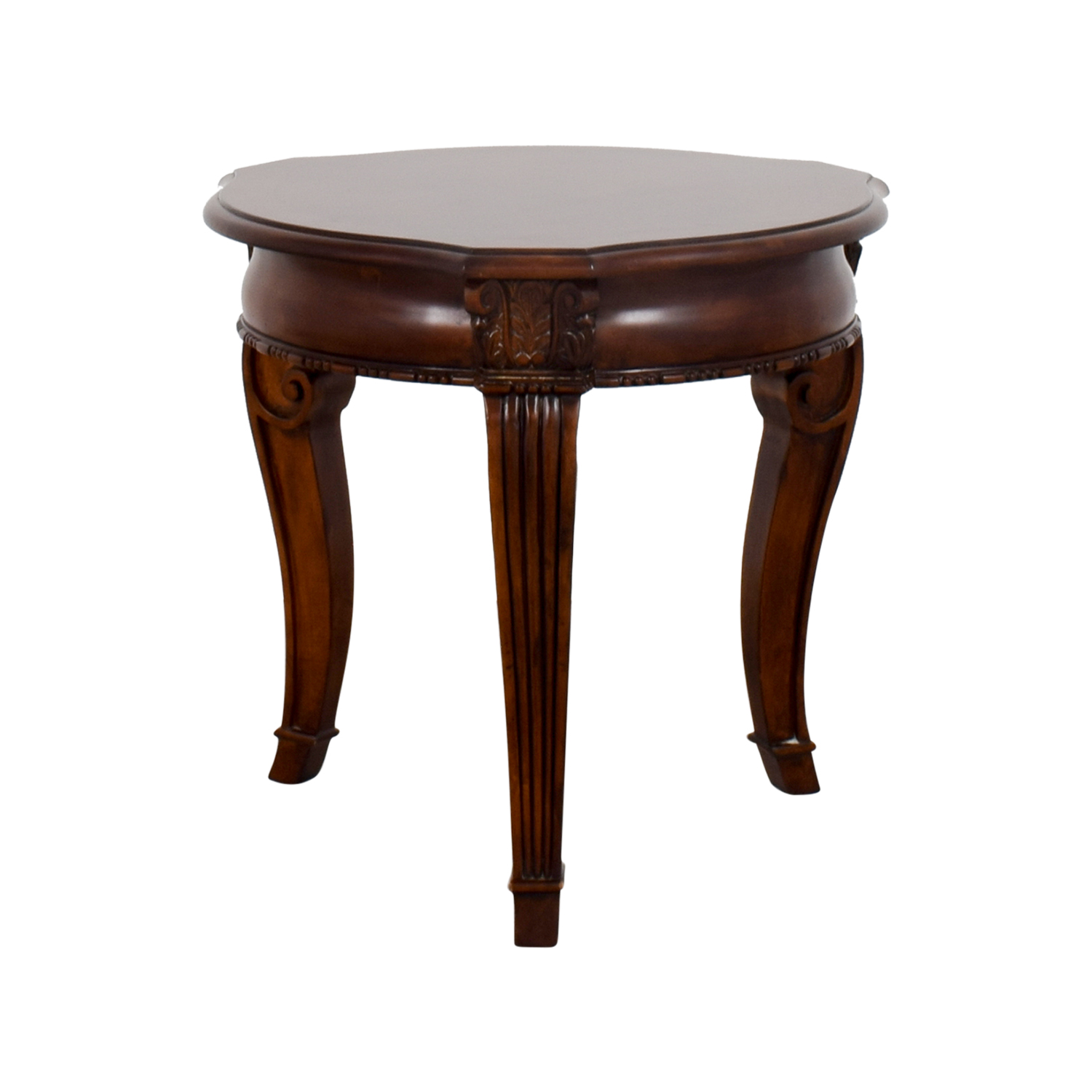 Stanley Furniture Round End Table / Accent Tables