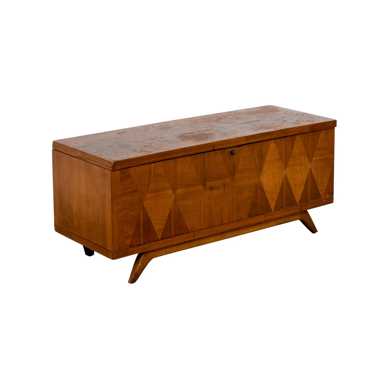 53% OFF Lane Furniture Lane Furniture Wooden Trunk Coffee Table