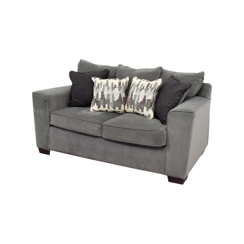 44 Off Bob S Discount Furniture Bob S Furniture Grey