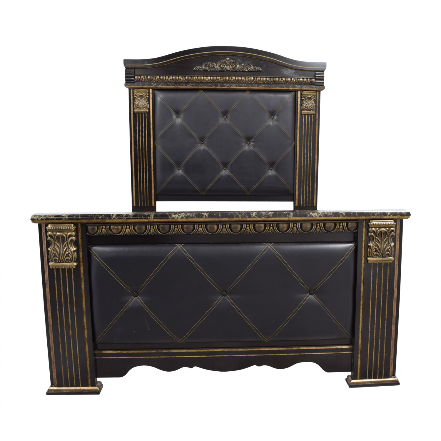 90 Off Signature Cal King Black Leather With Gold Trim Bed Frame Beds