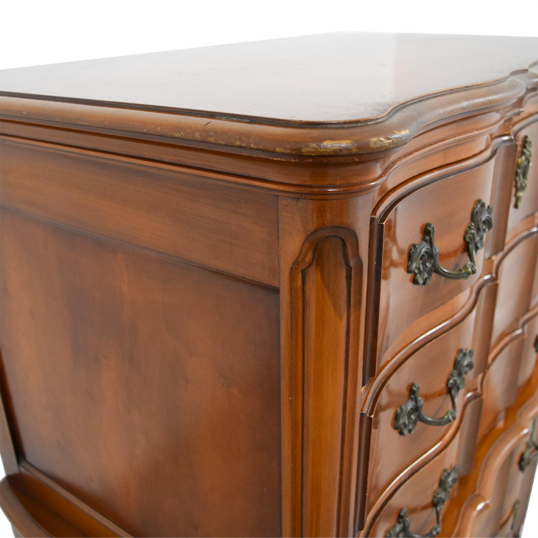 White Fine Furniture Six Drawer Dresser Storage