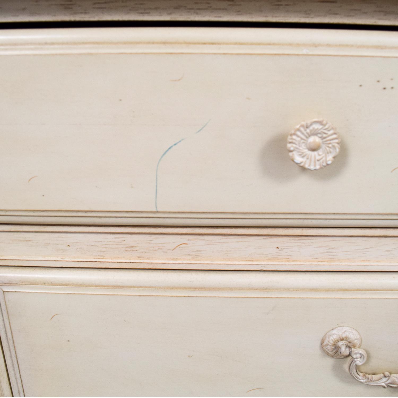Domain Furniture Domain Furniture Light Wood Nine-Drawer Dresser dimensions