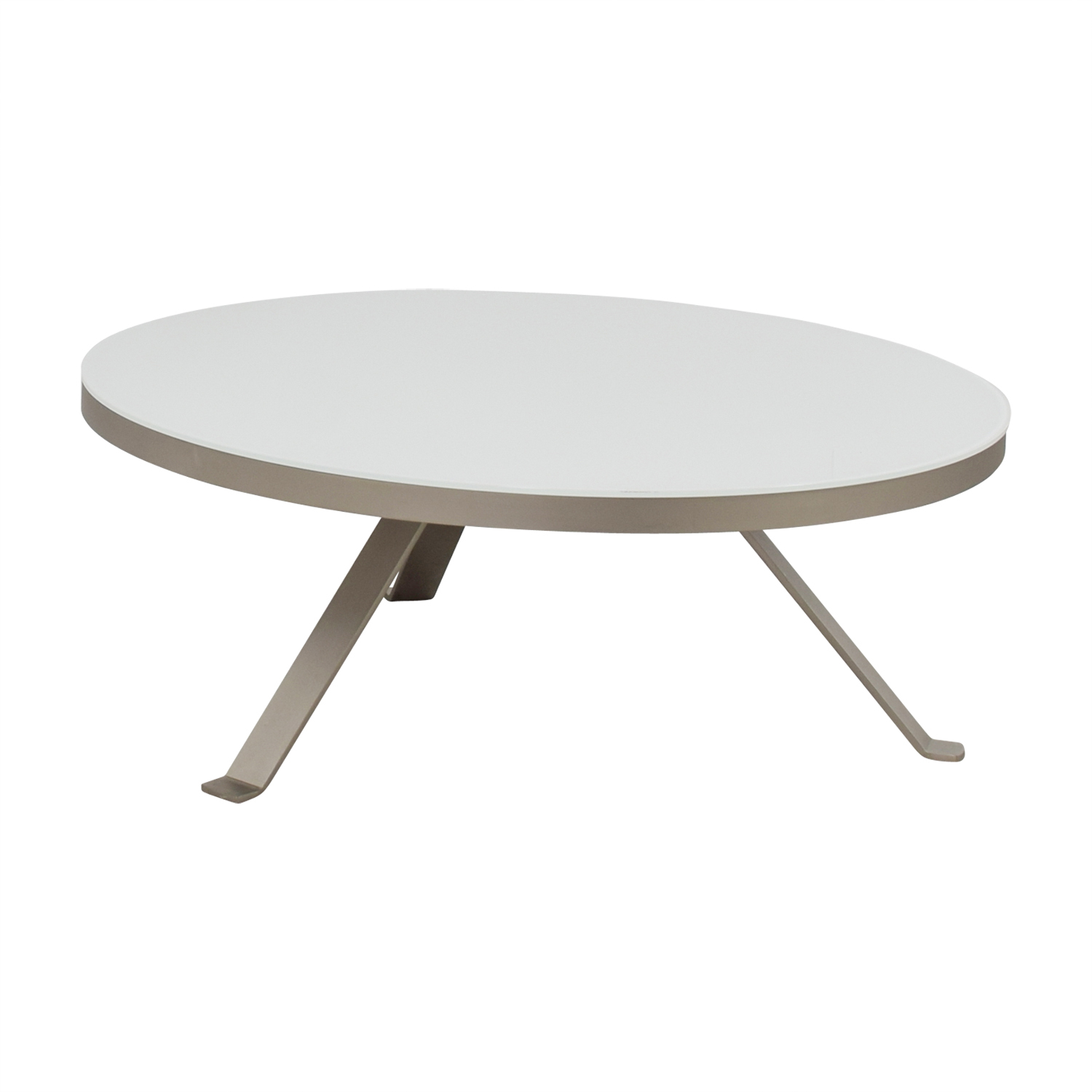 88 Off Bo Concept Bo Concept White Round Coffee Table