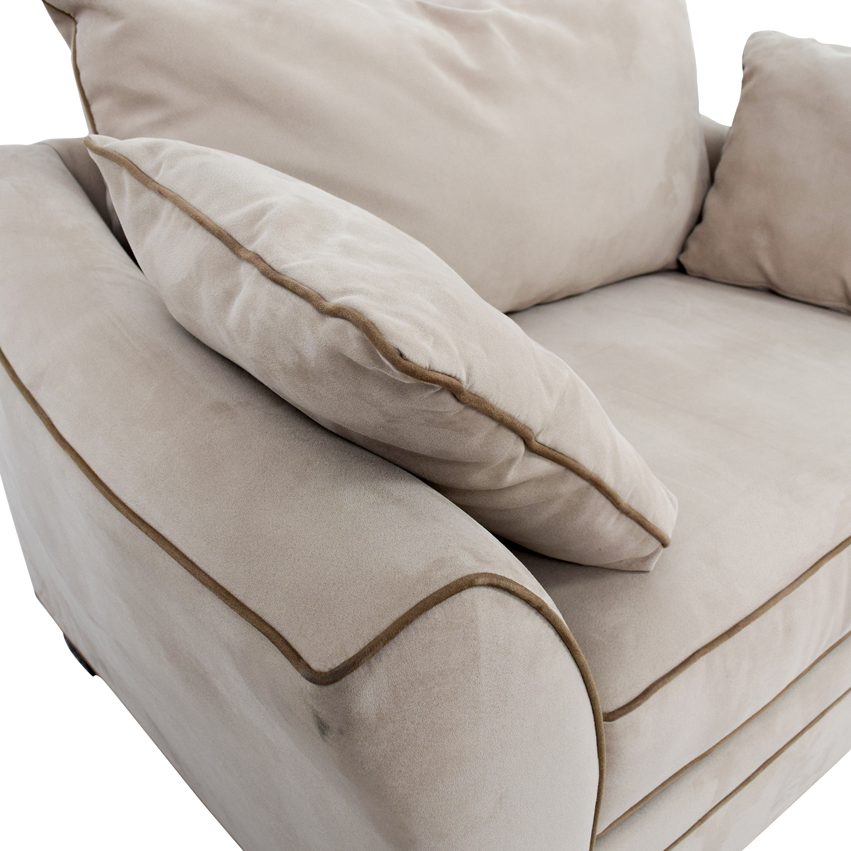Raymour & Flanigan Raymour & Flanigan Briarwood Microfiber Chair price