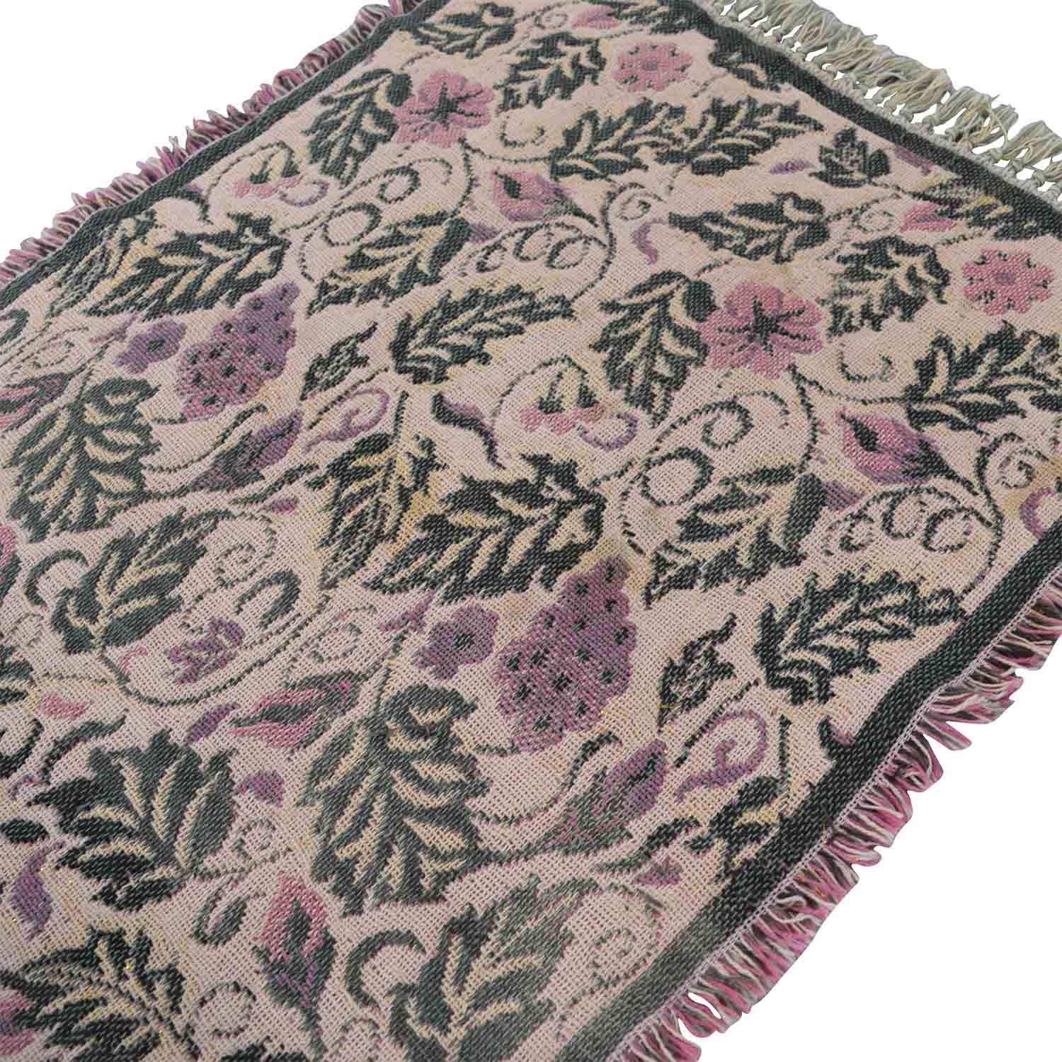 Floral and Grape Rug second hand