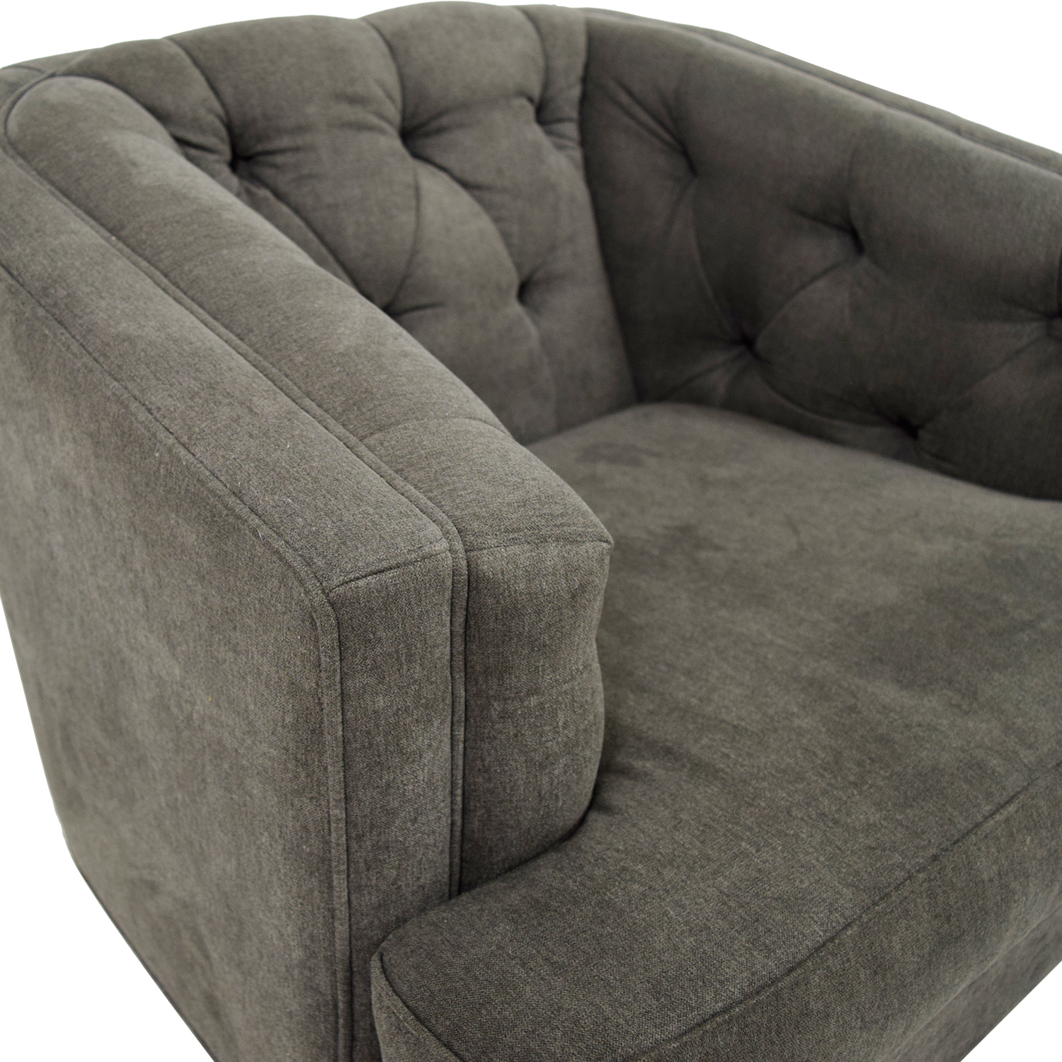 55% OFF Rooms To Go Rooms To Go Grey Tufted Chair Chairs