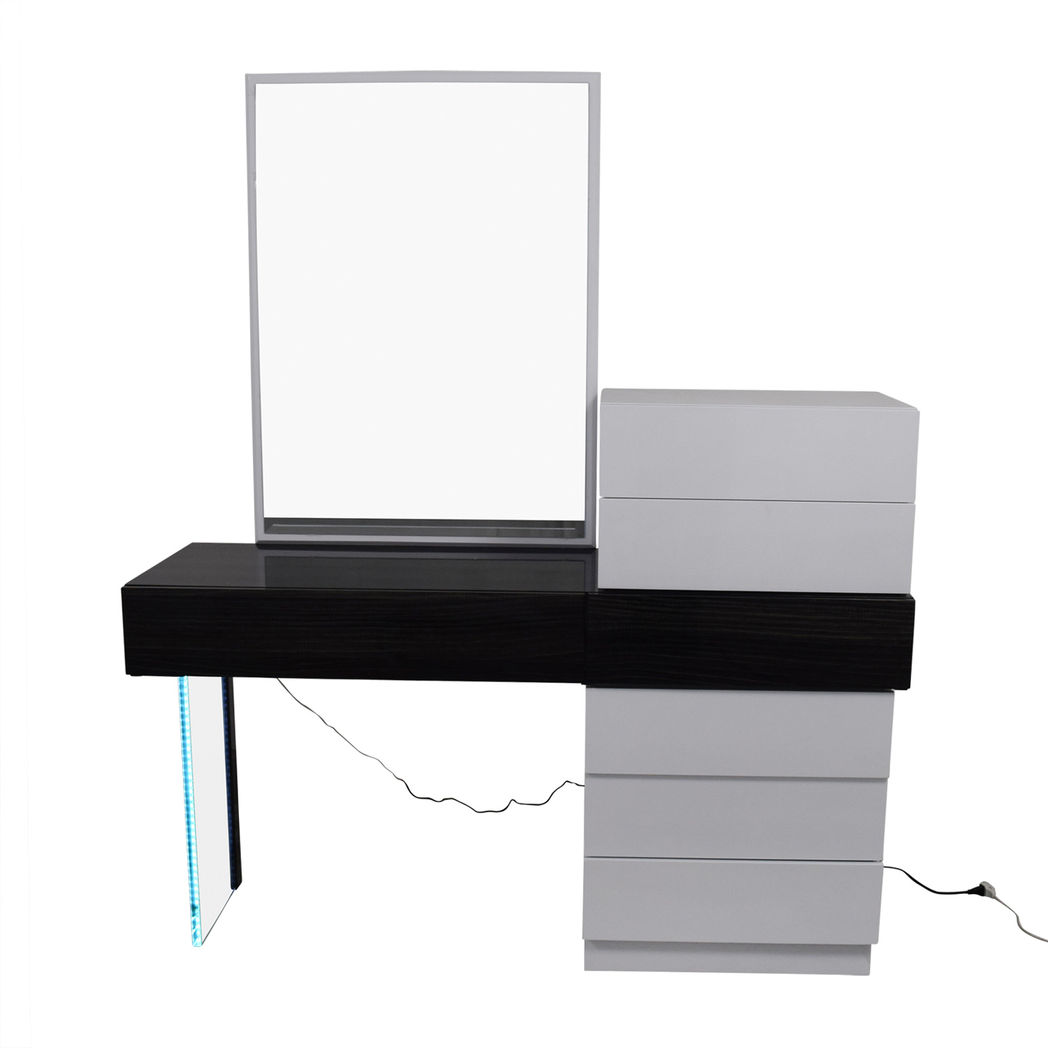 Wade Logan Wade Logan Linehan Seven-Drawer Dresser and Vanity or Desk with Mirror black/white