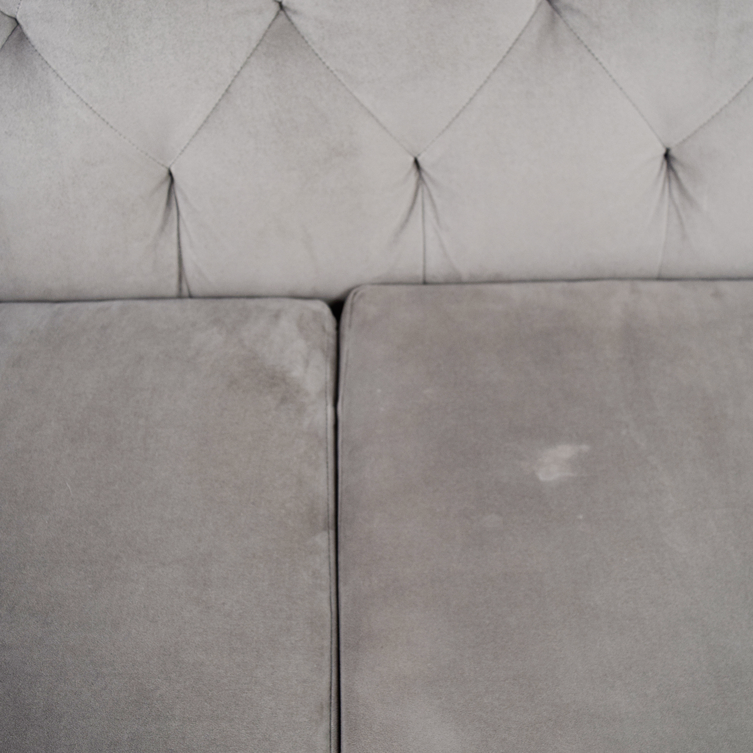 Macys Gray Microfiber Tufted Three-Cushion Couch / Classic Sofas