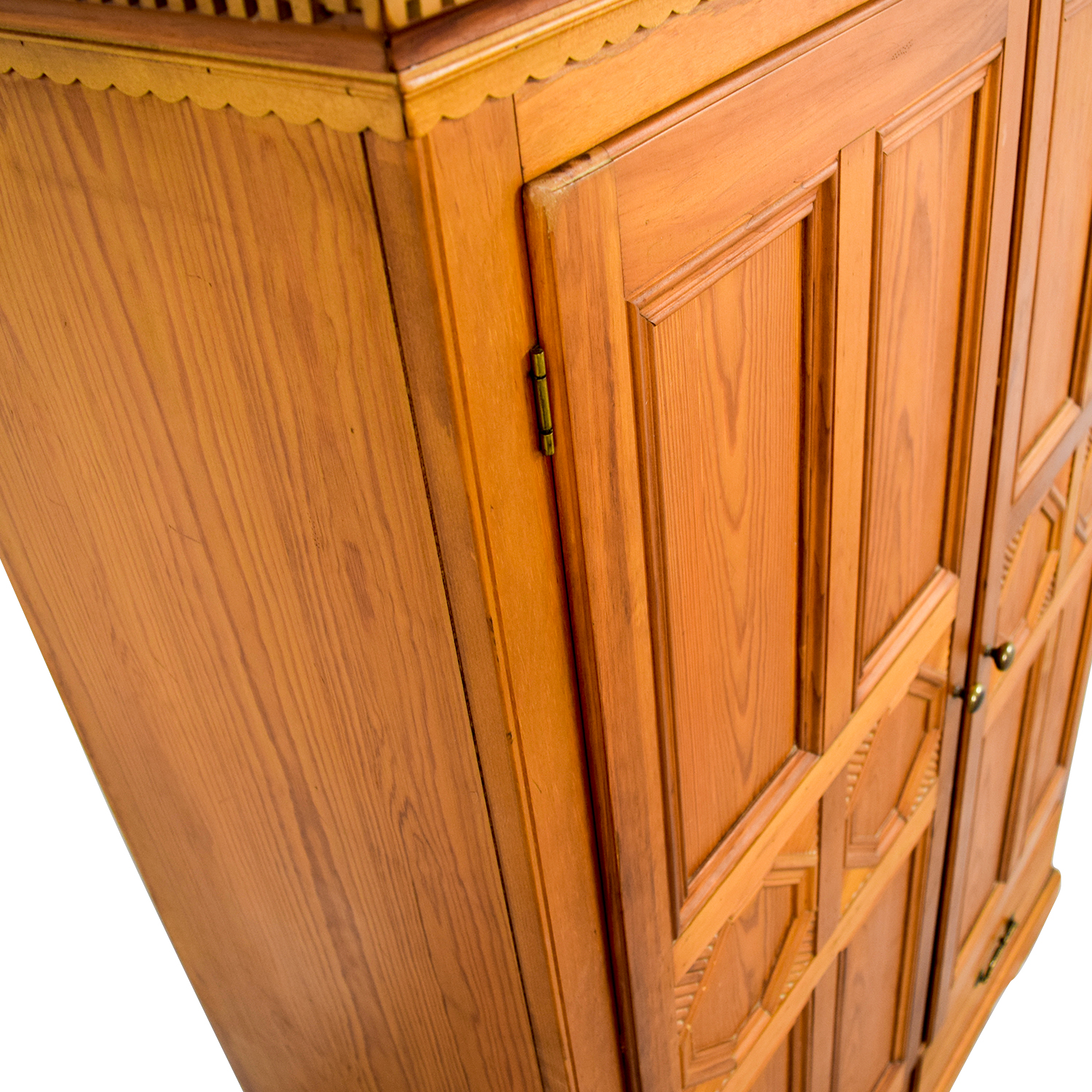 Lexington Weekend Retreat TV Armoire sale
