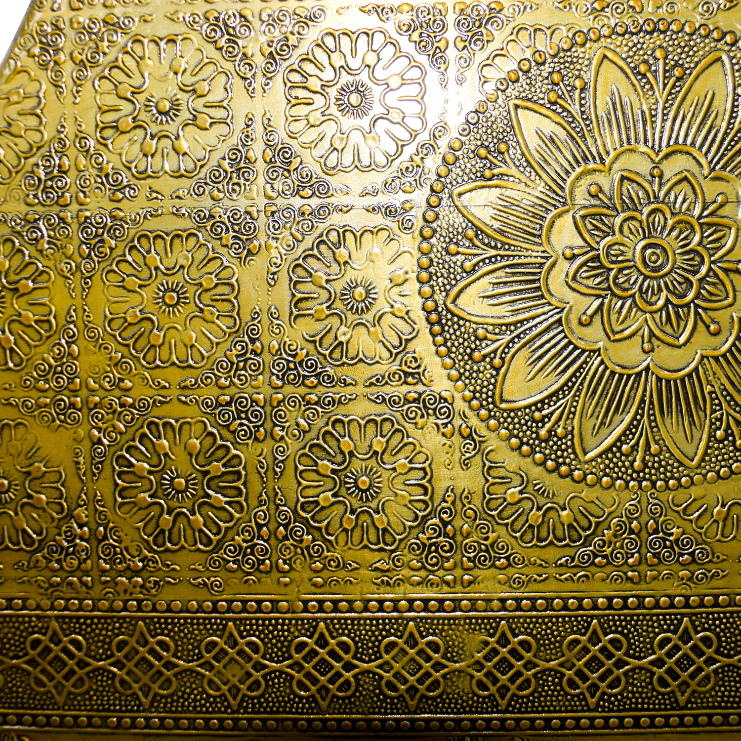 Anthropologie Anthropologie Brass Hand Tooled Queen Bed dimensions