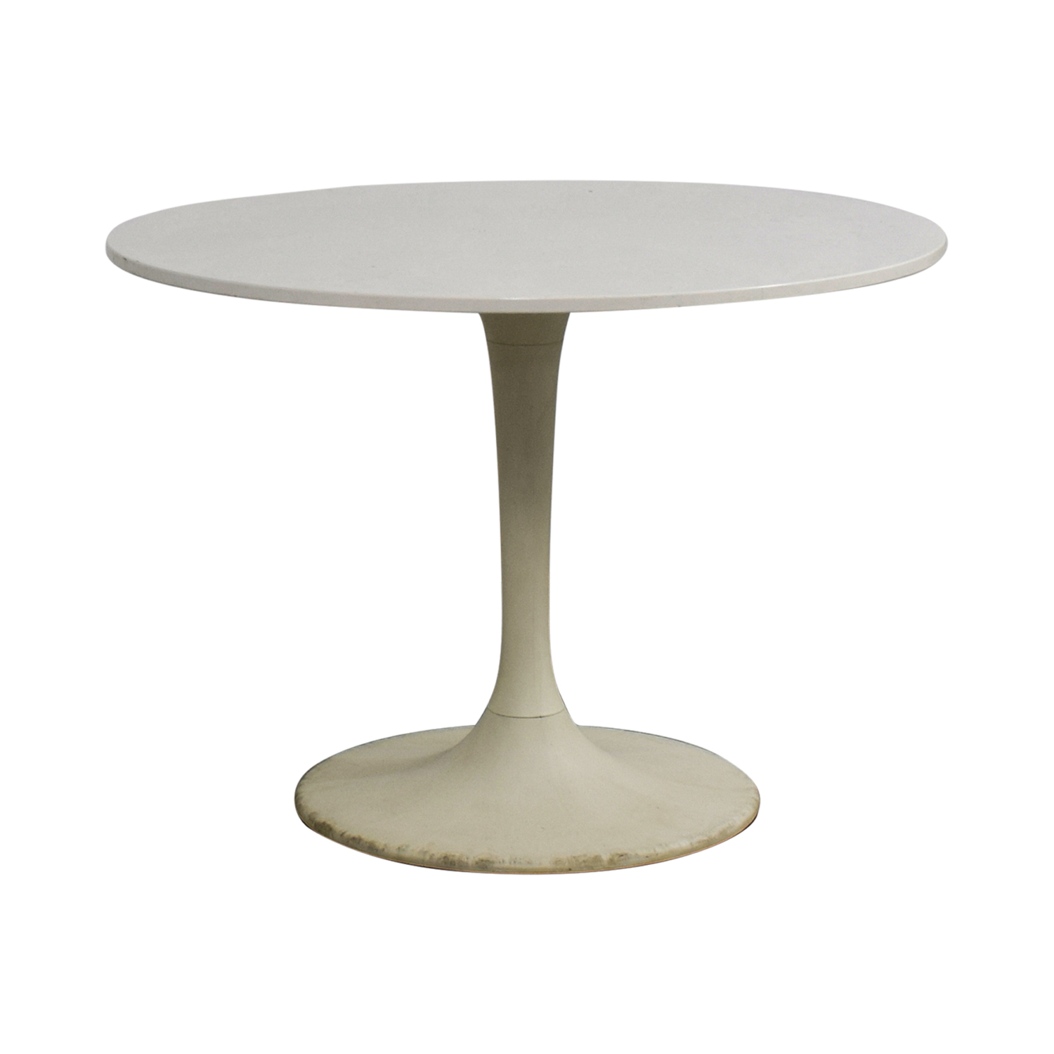 Jetson White Round Table / Tables