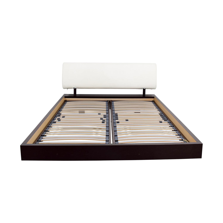 88 off roche bobois roche bobois reflet queen bed frame. Black Bedroom Furniture Sets. Home Design Ideas