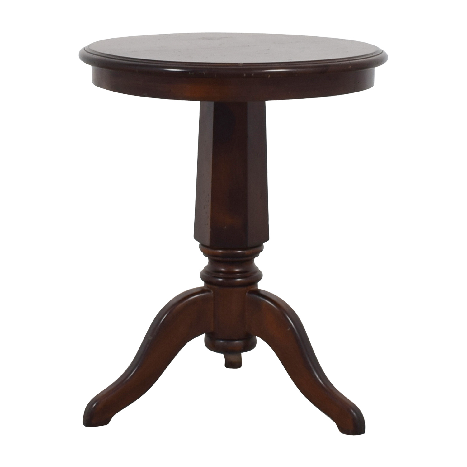 Furniture Masters Round Wooden End Table second hand