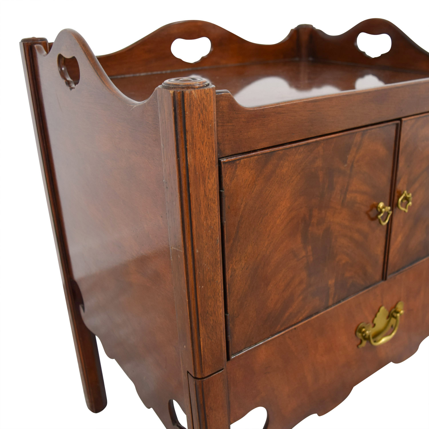 Furniture Masters Furniture Masters Antique Nesting Style End Table dimensions