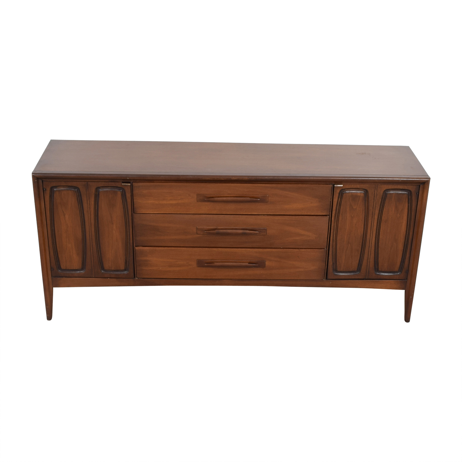 Broyhill Broyhill Vintage Emphasis Mid-Century Credenza or Media Console second hand