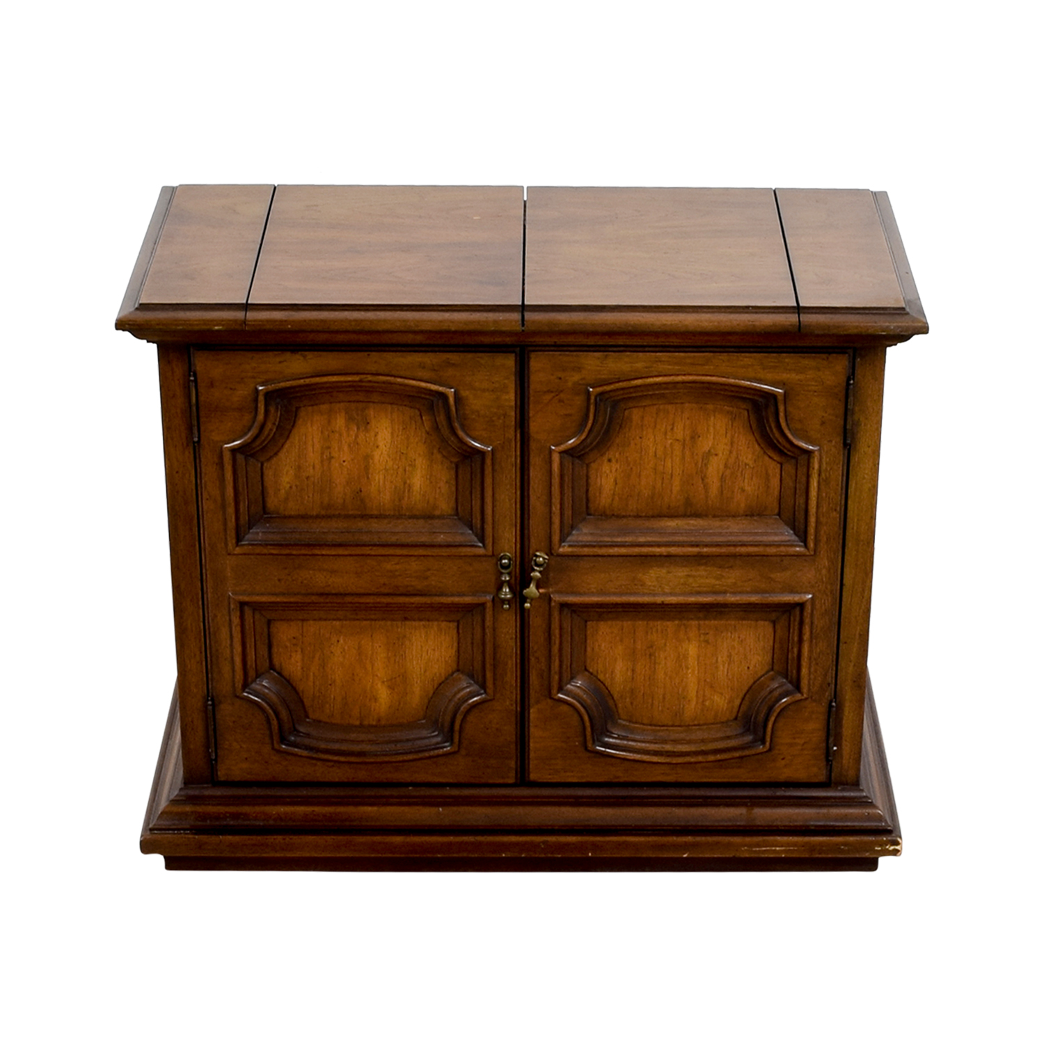 Wood Carved Sideboard with Storage / Cabinets & Sideboards